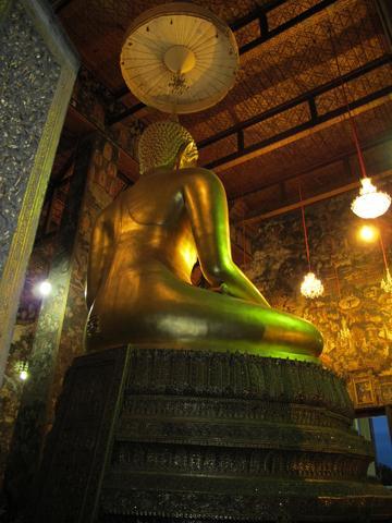 Wat Suthat - (Thailand, Bangkok, Tempel)
