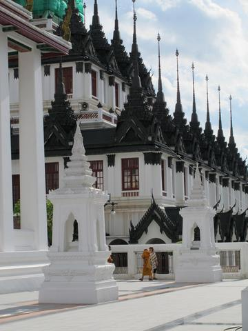 Wat Loha Prasat - (Thailand, Bangkok, Tempel)