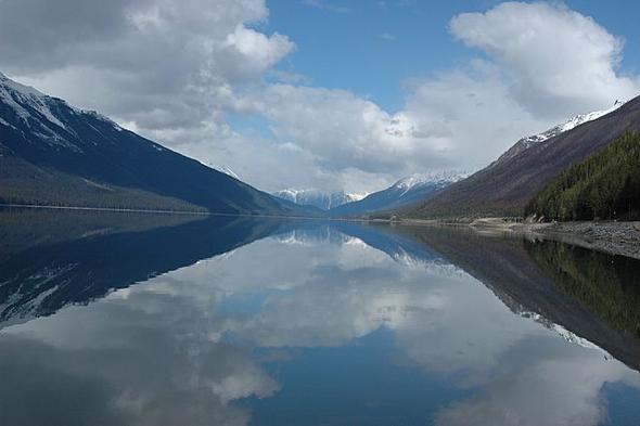 Der Moose Lake (ohne Elch) - (Kanada, Straßenverhältnisse im Oktober)