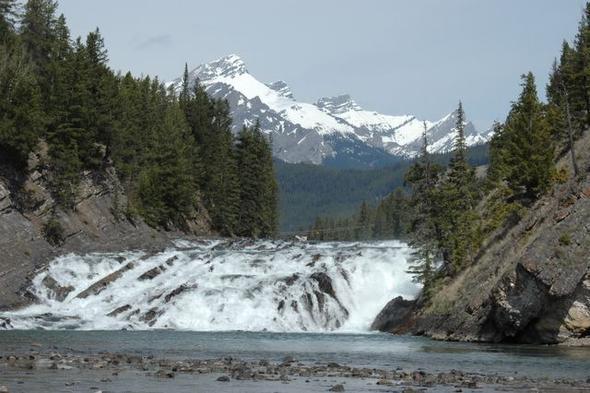 Landschaft bei Banff - (Kanada, Straßenverhältnisse im Oktober)