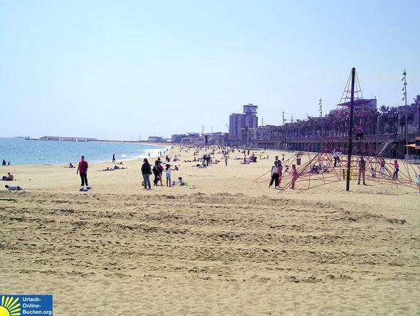 Strand in Barcelona - (Urlaubstipps, Urlaubsort, Urlaubsziel)