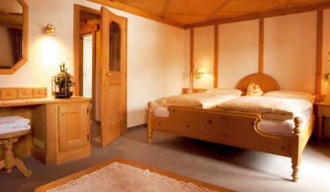 Zimmer Hotel Fanes - (Italien, Hotel, Sommer)