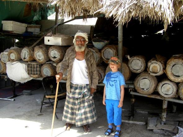 Zu Gast bei einem omanischen Imker - (Tourismus, Oman, Arabien)