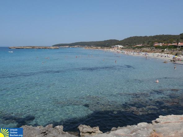 Strand in Santo Tomas, Menorca - (Strandurlaub, Hoteltipp, Menorca)