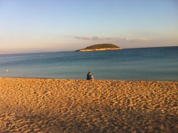 Heute in Magaluf - tiefblauer Himmel und pralle Sonne - (Reiseziel, Mallorca, Balearen)