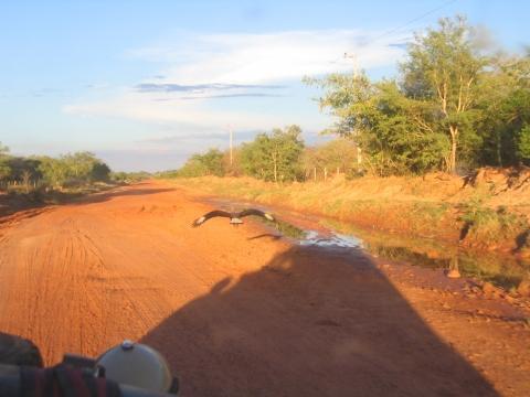 Am Rio Apa (Grenzfluss Paraguay - Brasilien) - (Reise, Südamerika, Lateinamerika)