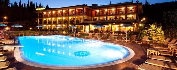 Hotel Gardasee - (Hotel, Gardasee)