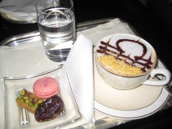 Emirates Coffee - (Restaurant, Preis, Abu Dhabi)