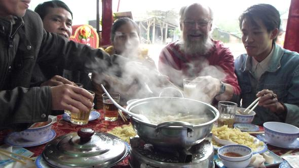 zu gast auf einer hochzeitsfeier bei dong ha - (Vietnam, Laos)