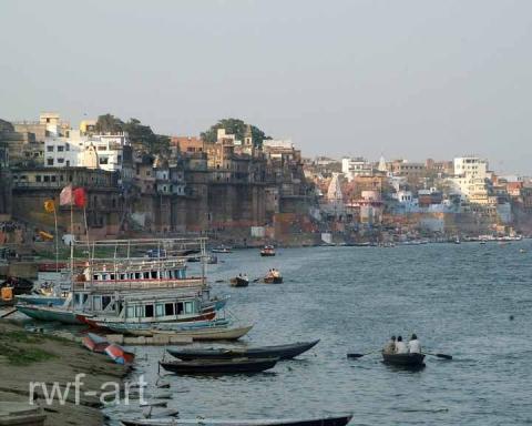 Varanasi am Ganges - (Asien, Indien, Gesundheit)