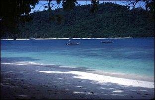 Strand auf einer der Inseln von Langkawi - (Sicherheit, Malaysia, Reisesicherheit)