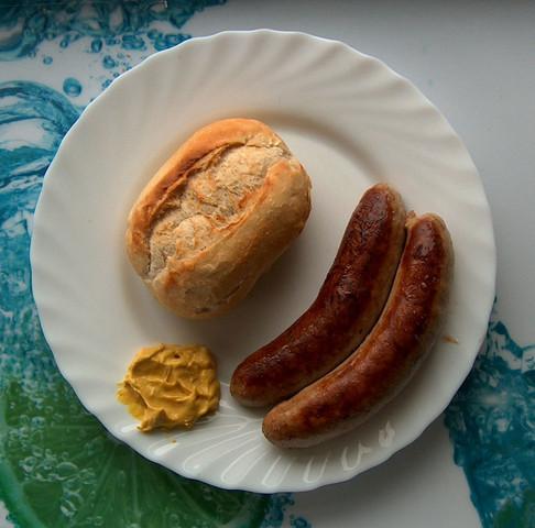 Die echte Thüringer Bratwurst schmeckt einfach am besten - (Städtereise, Kultur, Kurzurlaub)
