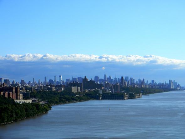 Manhattan - ganz aus dem Hohen Norden gesehen - (USA, New York City, Hot Spots)