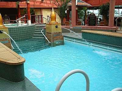 """Pool auf der """"Brilliance of the Seas"""" - (Kreuzfahrt, Schiffsreise)"""