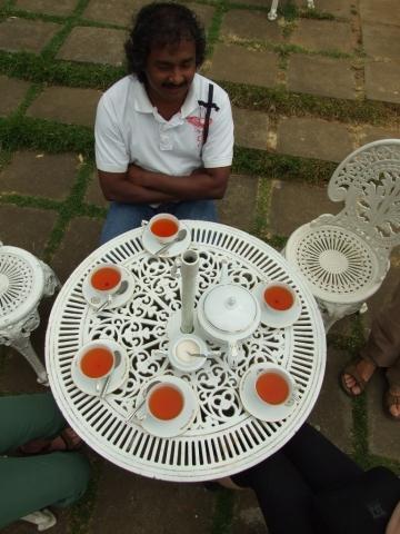 - (Besichtigung, Sri Lanka, Tee-Plantagen)