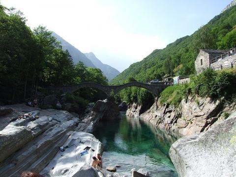 Ponte dei Salti - (Sehenswürdigkeiten, Schweiz, Radtour)
