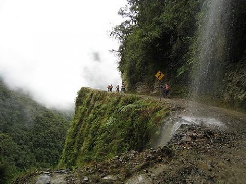 Mit dem Mountainbike die Death Road runter - (Reise, Südamerika, Argentinien)