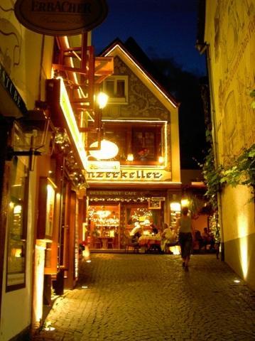Drosselgasse bei Nacht - (Deutschland, Wein, Rüdesheim)