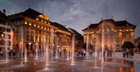 Bundesplatz in Bern - (Europa, Städtereise, Stadt)