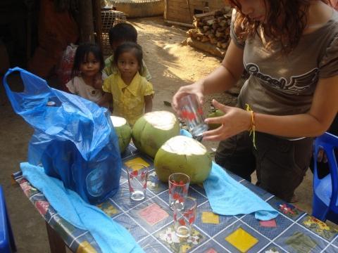 Zubereitung des Apero - (Reise, Asien, Thailand)