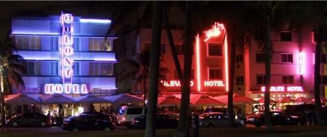 Art Deco District Miami Beach. Hier: Ocean Drive - (USA, Übernachtung, Miami)