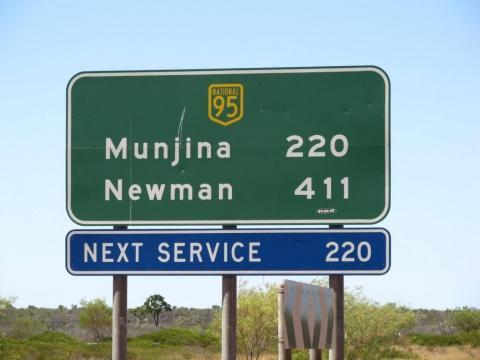 Next Service - (Australien, Mietwagen, Ausrüstung)