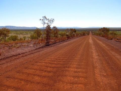 Piste - (Australien, Mietwagen, Ausrüstung)
