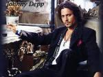 Stimmt es, das Johnny Depp eine Bar in Paris besitzt? Wer kann mir sagen in welchem Stadtteil?